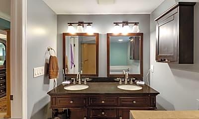 Bathroom, 5906 1st St N, 2
