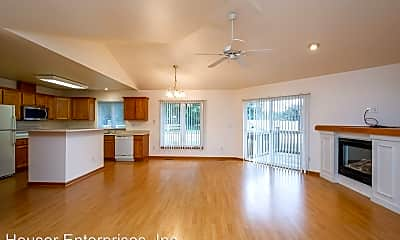Living Room, 6 Redtail Ct, 0