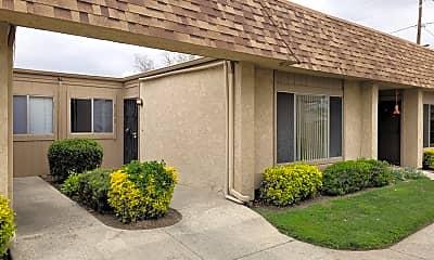 Building, 610 S Santa Fe St, 0