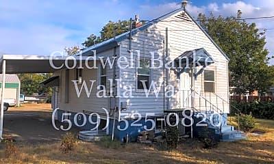 Community Signage, 228 W Whitman Dr, 1
