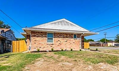 Building, 3203 S Tyler St, 1