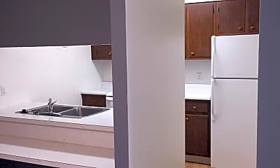 Kitchen, The Commons at Kettering, 2