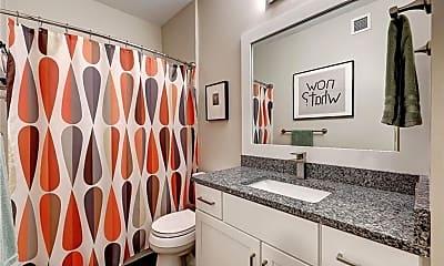 Bathroom, 903 Providence Pl, 2