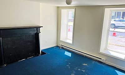 Living Room, 297 Orange St, 2