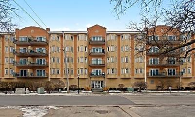 Building, 100 W Roosevelt Ave 202, 0