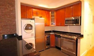 Kitchen, 7 E 75th St, 1