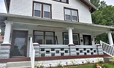 Building, 1451 Montcalm St, 2