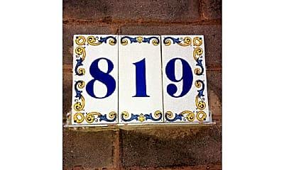 819 Kimball St, 1