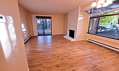 Living Room, 10003 NE 123rd St, 0