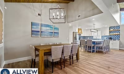 Dining Room, 521 W Bay Ave, 1