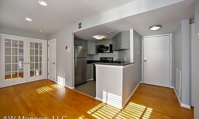 Living Room, 1436 Meridian Pl NW, 1