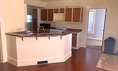 Kitchen, 704 Otter Ave, 1