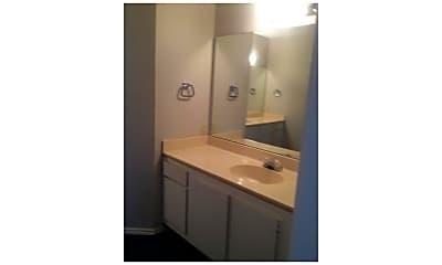 Bathroom, 4401 River Valley Dr 302, 2