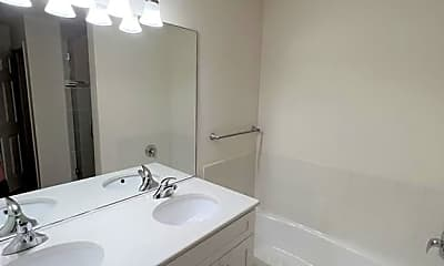 Bathroom, 955 Kensington Dr, 2