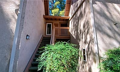 Building, 7131 Farralone Ave 31, 1