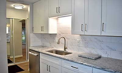 Kitchen, 928 E Old Willow Rd 102, 1