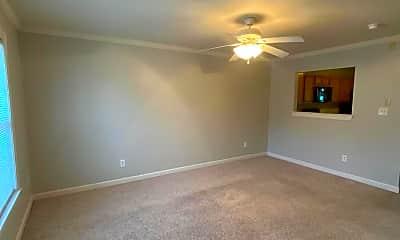 Living Room, 511 Streamwood Dr, 1