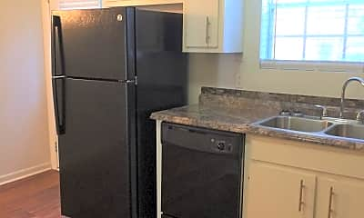 Kitchen, Williamsburg Townhomes, 1
