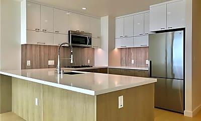 Kitchen, 400 S Broadway 2414, 1