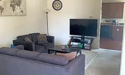 Living Room, 1141 Wellington Dr, 1