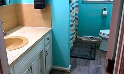 Bathroom, 122 Buxton Dr, 2