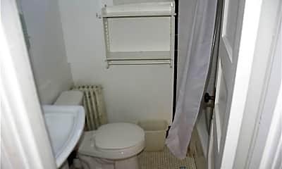 Bathroom, 396 Whalley Ave, 2