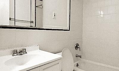 Bathroom, 206 E 76th St, 2