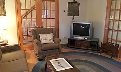 Living Room, 92 Wren Terrace, 2