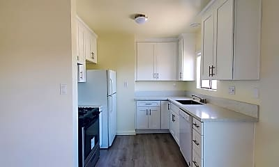Kitchen, 332 Standard St, 1