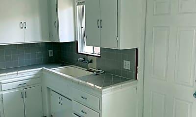 Kitchen, 2186 Abbott St, 2