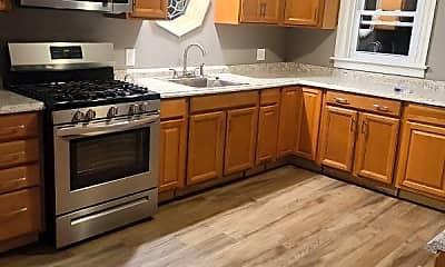 Kitchen, 320 Seward St, 1