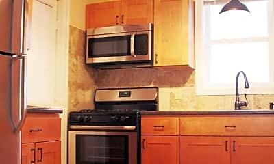 Kitchen, 138 N Champlain St, 1