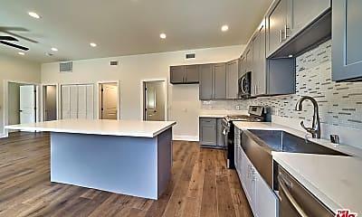 Kitchen, 6211 Farmdale Ave, 1