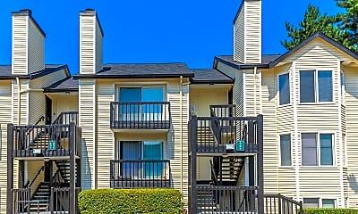 Building, Brookhaven Apartments, 0