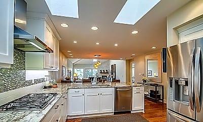 Kitchen, 1401 Mac Arthur Drive, 1