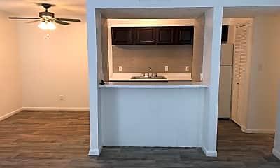 Kitchen, 758 Plaza Dr, 0