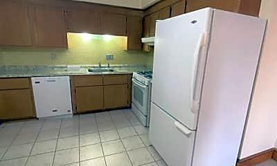 Kitchen, 33 South St, 2