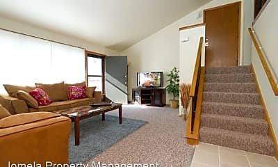 Living Room, 4626 S 20th St, 1
