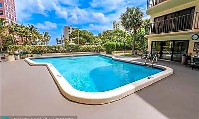 Pool, 2029 N Ocean Blvd 401, 1