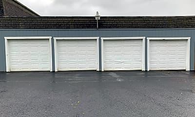 Building, 225 N 21st St, 1