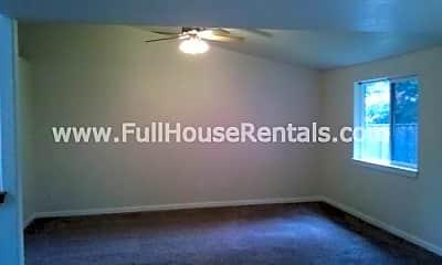 Bedroom, 474 Helen St, 2