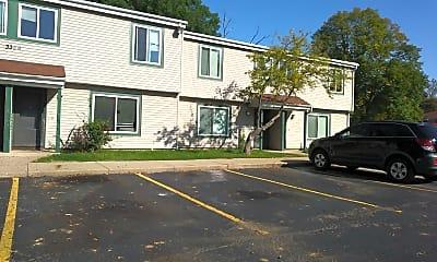 Woodland Hills Apartments, 2