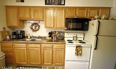 Kitchen, 1702 Edgebrook Dr, 0