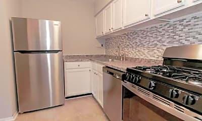 Kitchen, 204 Victor Pkwy, 2