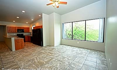 Living Room, 50 N Mountain Ave, 0