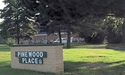Pinewood Place Apartments, 1