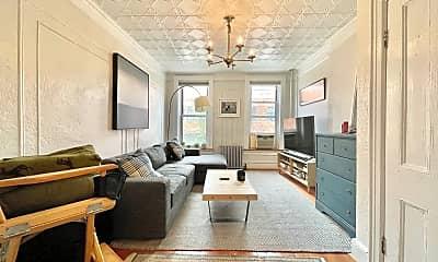 Living Room, 151 Berry St 2-L, 0