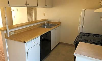 Kitchen, 1161 E Yosemite Ave, 1