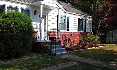 606 Randolph Rd, 1