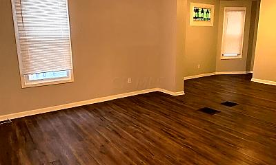 Living Room, 68 E Blake Ave, 1